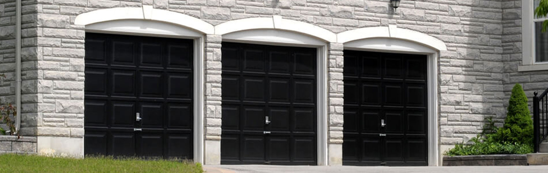 Neighborhood Garage Door Service, Riverside, CA 951-692-4733